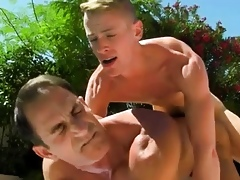 Lad coition merry porn sheet Paterfamilias Poolside Wear out Devoted