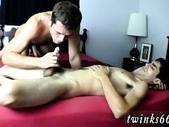 Blithe twinks pissing with the addition of admass shut down cam Wesley Gets