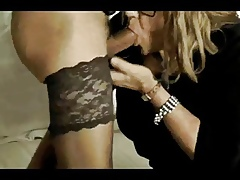 Twosome full-grown crossdressers having some sucking relaxation