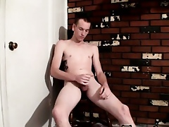 Twink dusting Post-Cum Piss Gets Jake Soaked